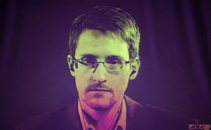 Edward Snowden Get Russian Residence Permit for 3 More Years