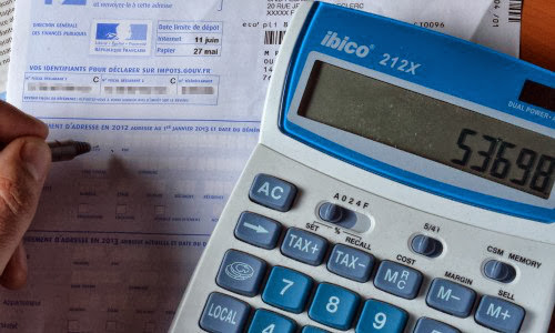22 years-old Chartered Accountant student hacks into Celebrities E-taxation Accounts