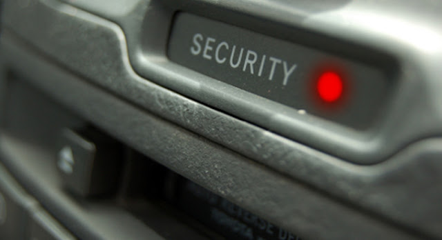 War Texting : Hackers Unlock Car Doors Via SMS