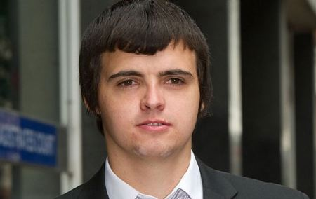 Facebook Hacking - Student jailed for eight months